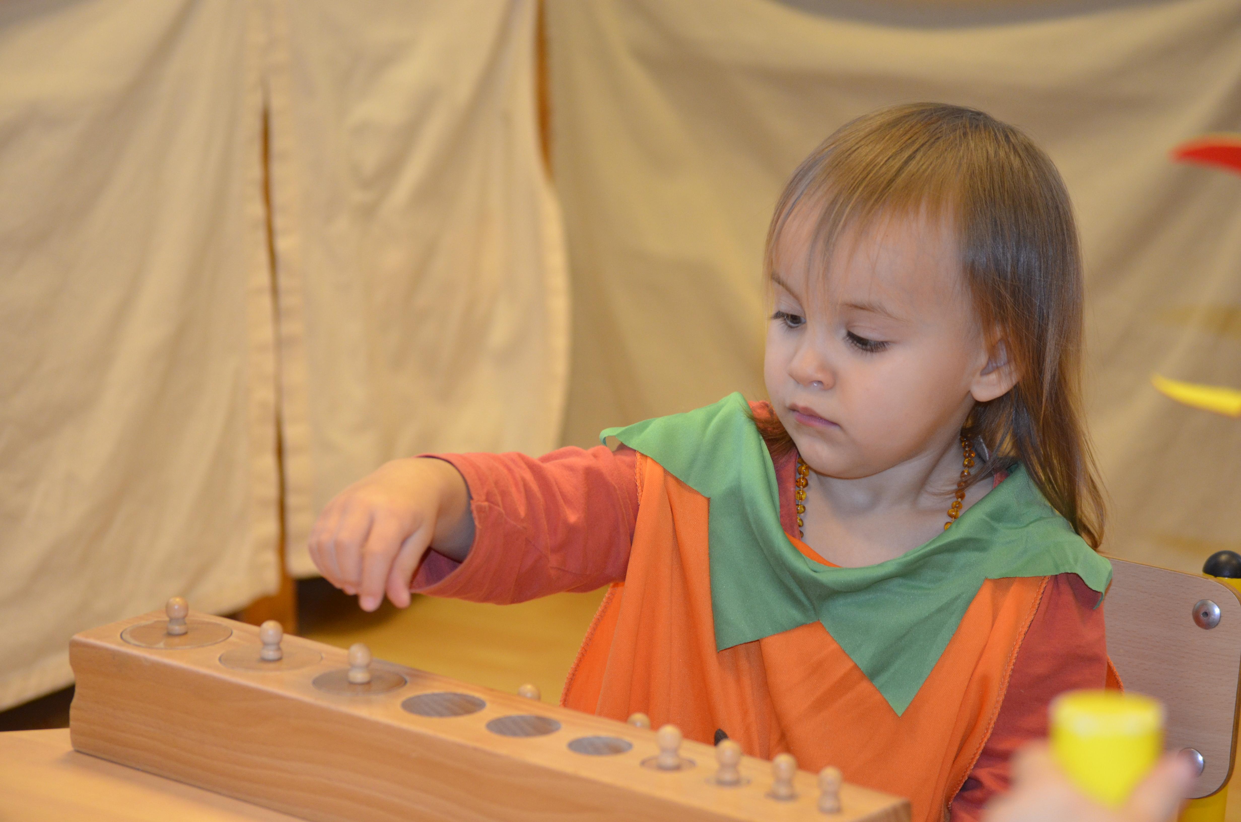élève classe d'éveil école montessori vernouillet