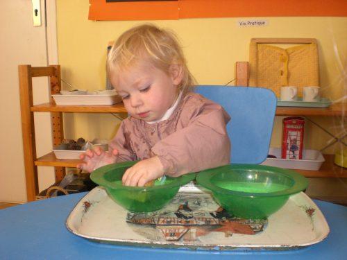 vie pratique école Montessori Vernouillet